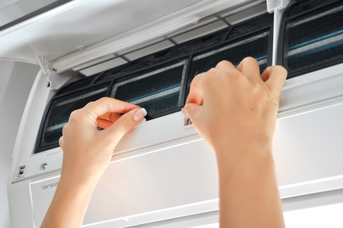 Can Simply Topping Up Of Aircon Gas Solve Warm Aircon Problem?
