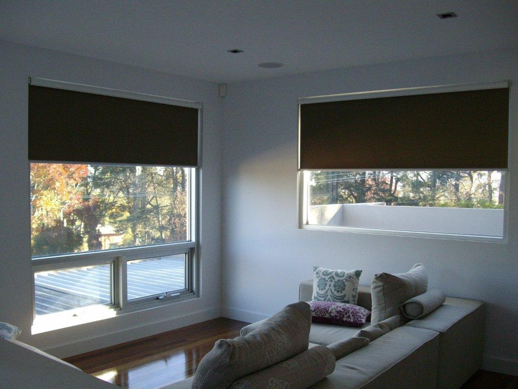 Roller Blinds In Singapore