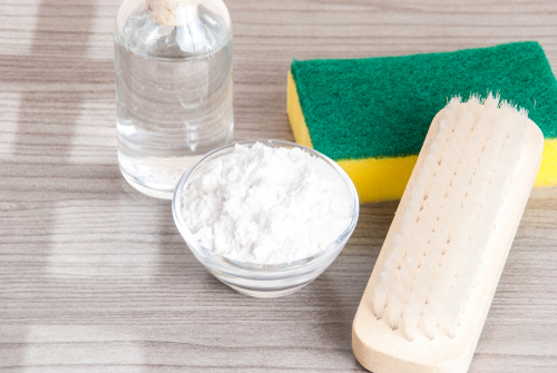 Home Cleaning With Baking Soda, Veingar and Lemon