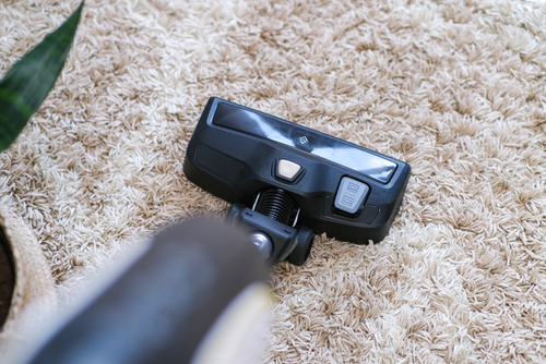 Does Vacuuming Clean All Dusts & Debris On The Floor?